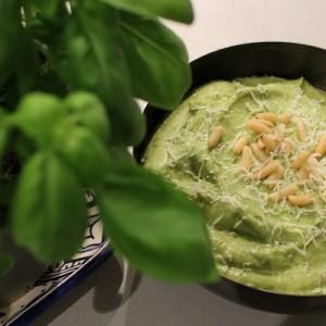 Sauce pesto légère et healthy