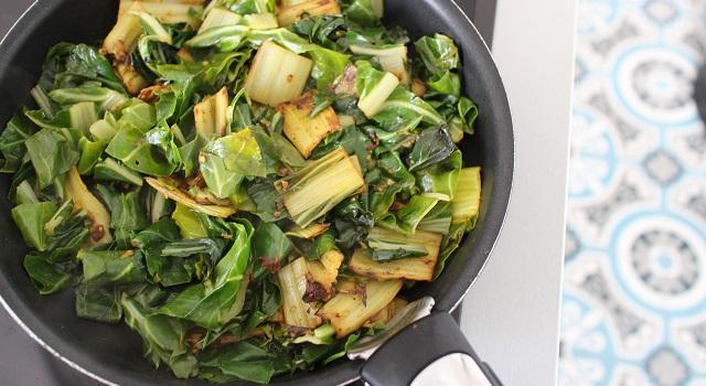ajouter le vert des blettes - Salade de blettes a l'indienne