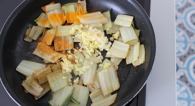 assaisonner les blettes - Salade de blettes a l'indienne