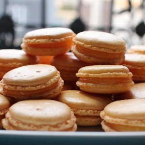 délicieux faits maison et raffinés facile Macarons au citron, cœur de lemon curd
