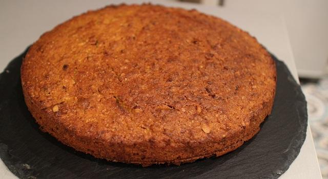 disposez le gateau sur un plat - Carrot Cake - Petit écureuil