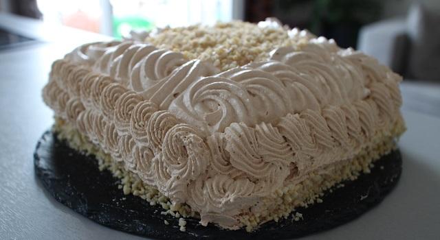 gâteau gourmand magnifique et très difficile à faire - Le Castel le mythe des étudiants de Vatel