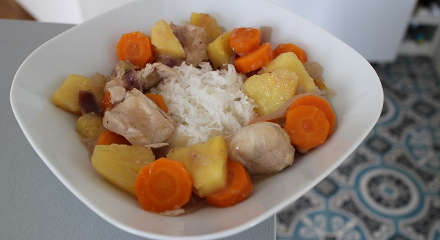 servir le poulet avec du riz blanc - Le poulet à l'ananas - Vintage 90's