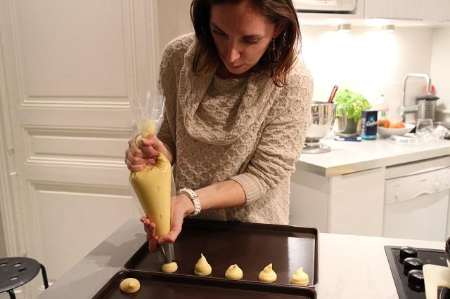 dresser les chouquettes sur la plaque à patisserie - Chouquettes de Licornes