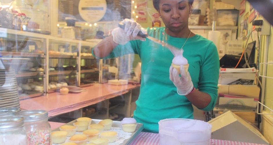 le vrai glaçage de cupcakes à la newyorkaise - Pont de Brooklyn Manhattan New-York Foodie - le voyage gastronomique