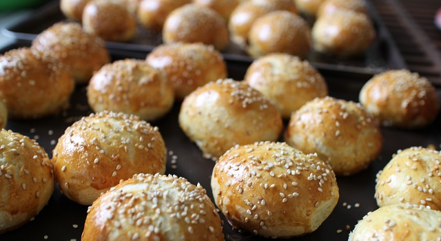 cuire les pains - Mini Buns moelleux au sésame