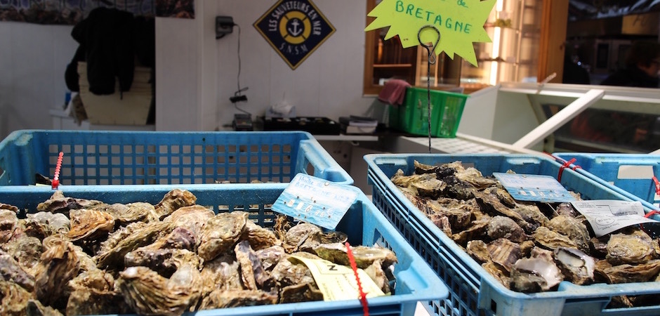 huitres fraiches de bretagne - Le marché de Talensac - la visite foodie à Nantes