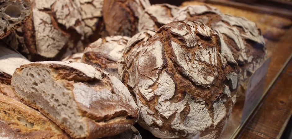 pain de campagne - Le marché de Talensac - la visite foodie à Nantes