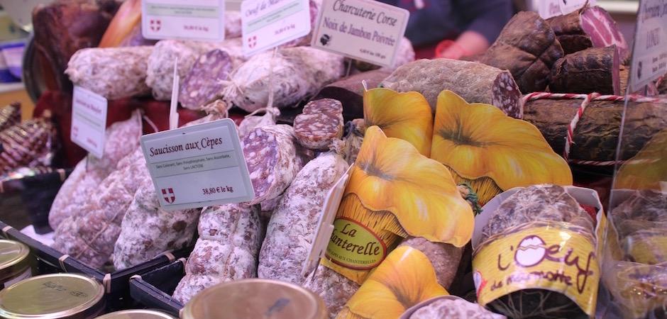 saucisson et spécialités corses - Le marché de Talensac - la visite foodie à Nantes