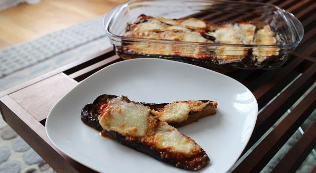 servir les aubergines en entrée - Aubergines gratinées, tomate et mozzarella