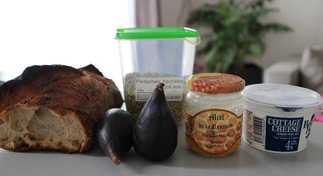 ingrédients - Tartine de figues et pistaches
