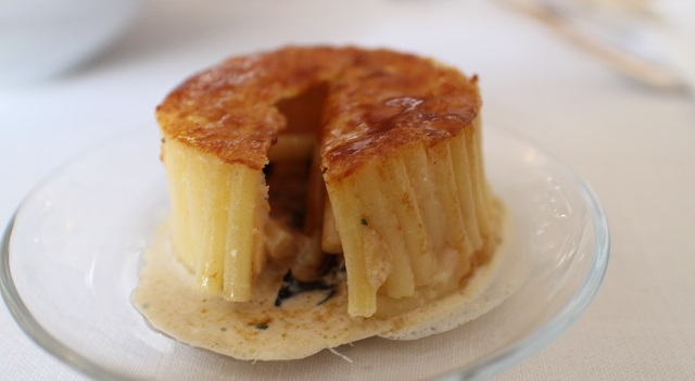 coeur-coulant-timbale-de-macaroni-signee-christian-etchebest
