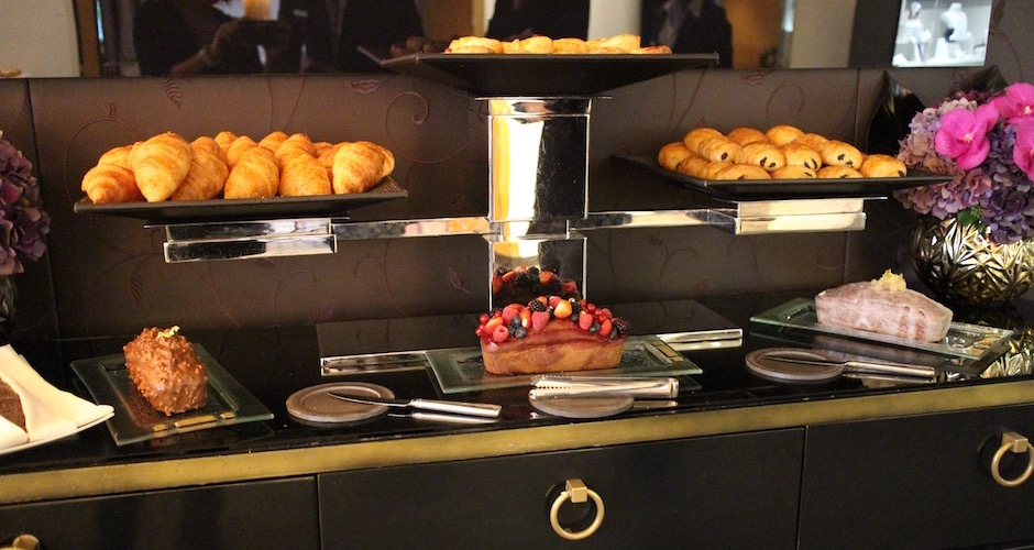 cakes-et-viennoiseries-brunch-de-princesse-au-fouquets-barriere