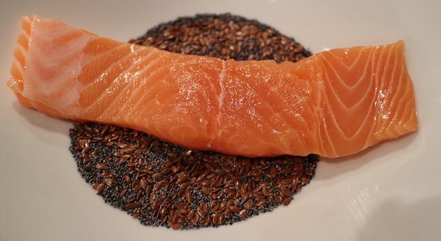 melanger-les-graines-healthy-saumon-pavot-graines-de-lin-patate-douce