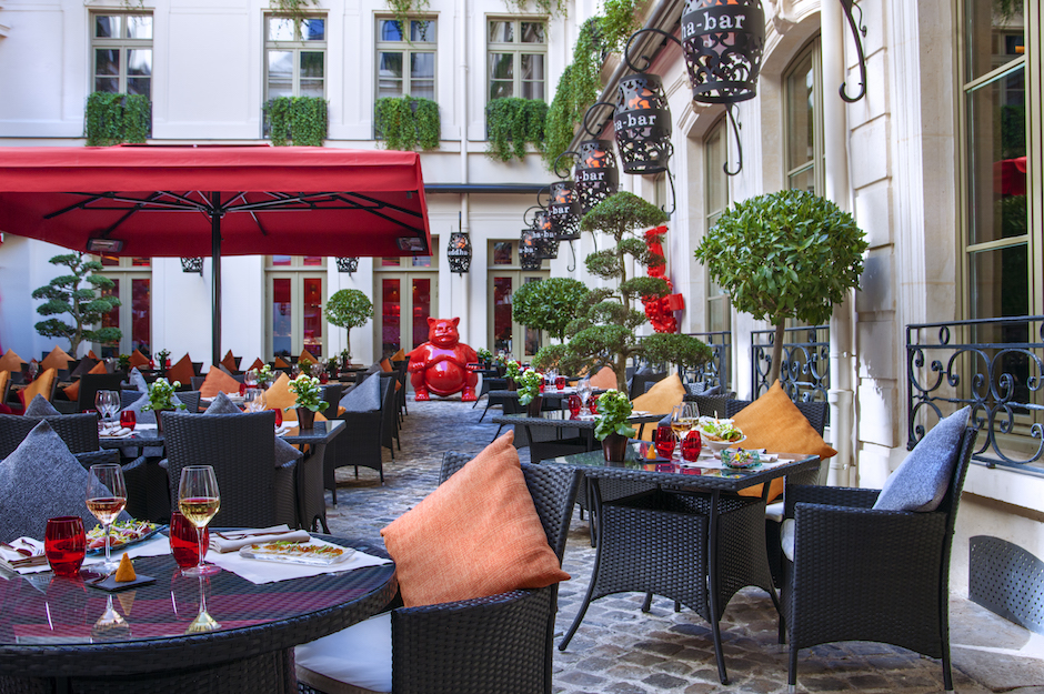 terrasse-été-buddha-bar-hotel-paris-5-etoiles-et-start-up