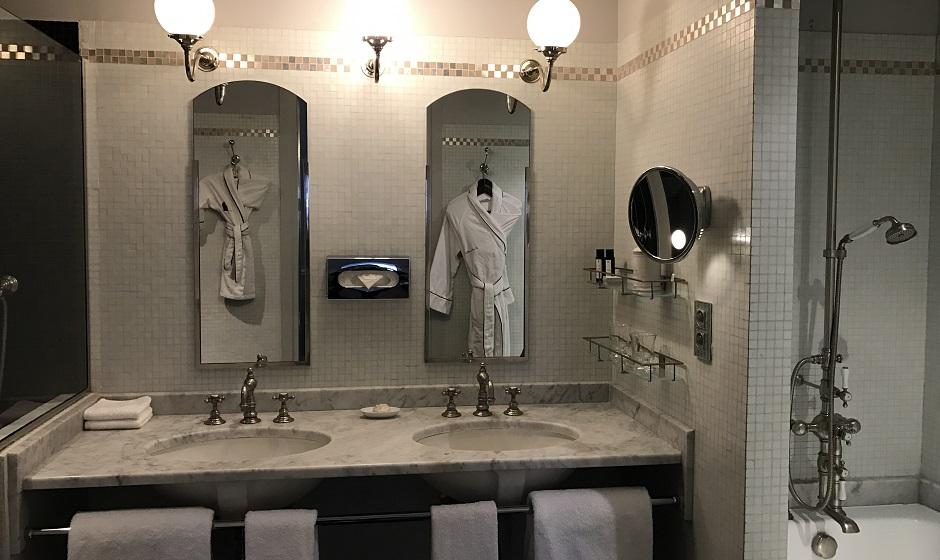 salle de bains - Restaurant Saint-James Paris l'étoilé secret
