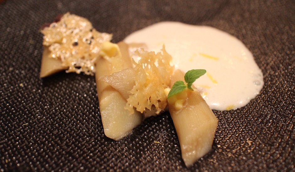 asperges blanches - Restaurant Viola - carte italienne et vins naturels