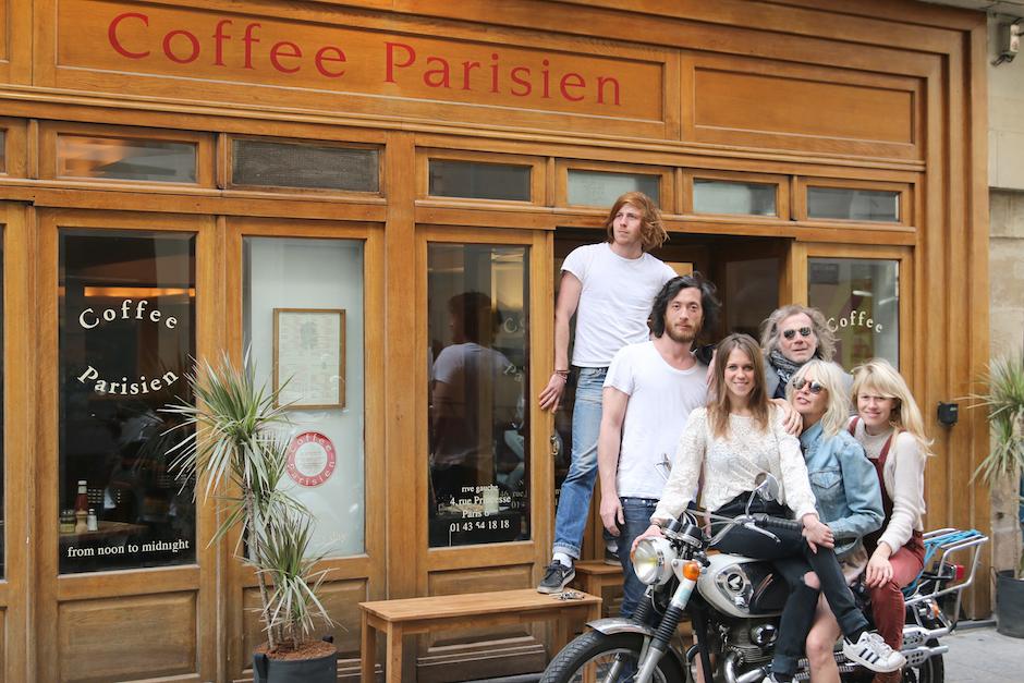 équipe familiale - Restaurant Coffee Parisien - une histoire de famille