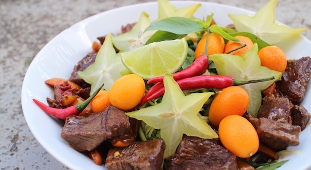 dresser la salade - Salade de bœuf thaï exotique