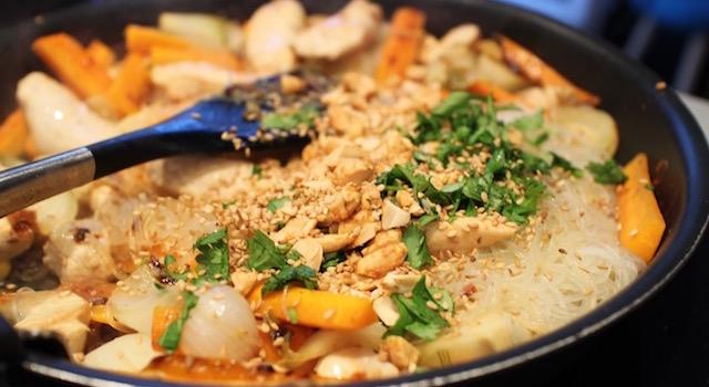 faire sauter le pad thai - Pad Thaï Bowl au poulet