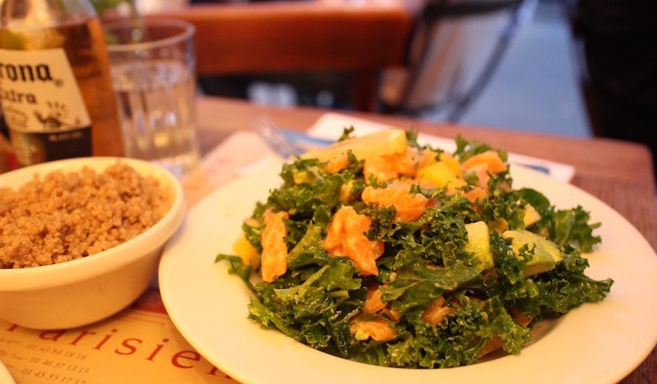 salade de kale - Restaurant Coffee Parisien - une histoire de famille