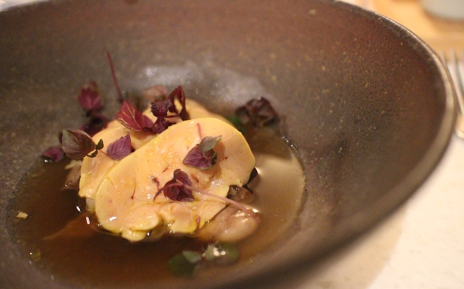 foie gras fumé - Restaurant ERH - la gastronomie française vibre sous l'inspiration japonaise