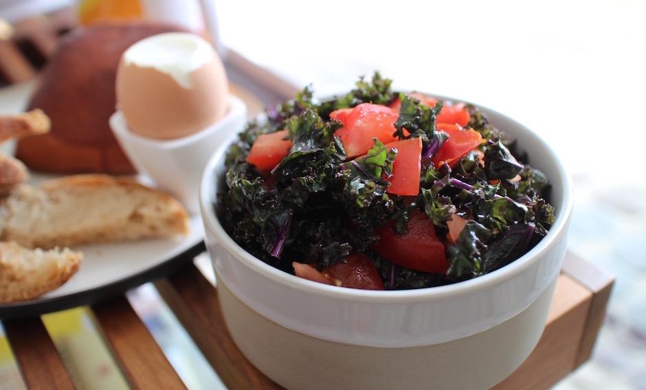 salade de kale - Le meilleur brunch healthy maison de Paris