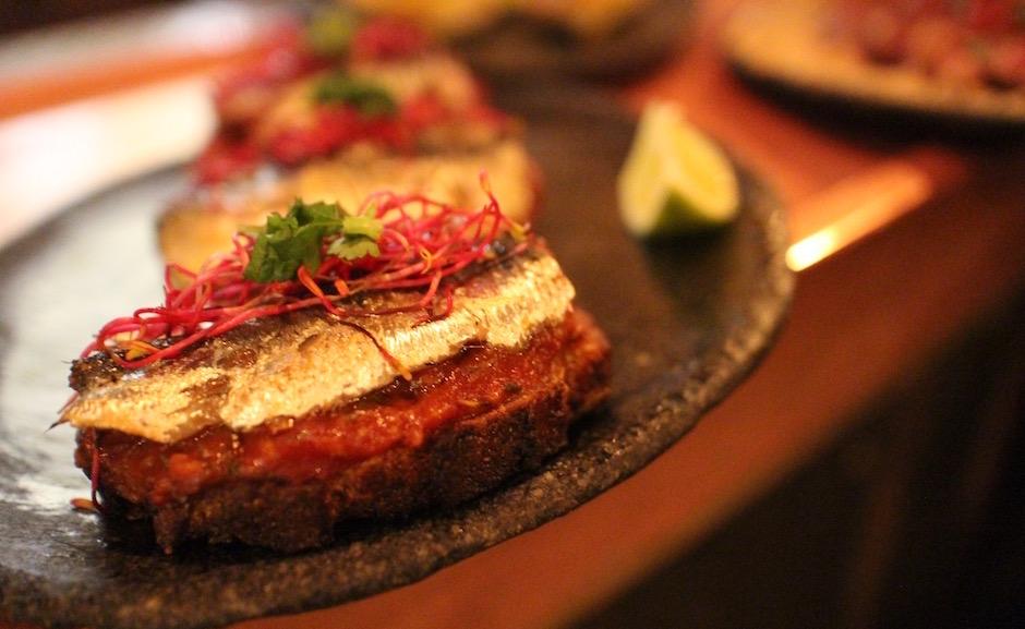 tostadas de sardinhas - Restaurant Boteco - le Brésil ultra tendance