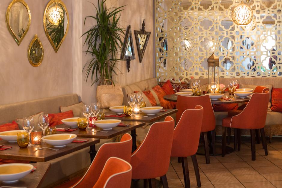 Salle - restaurant-le-mechoui-du-prince-le-maroc-chaleureux