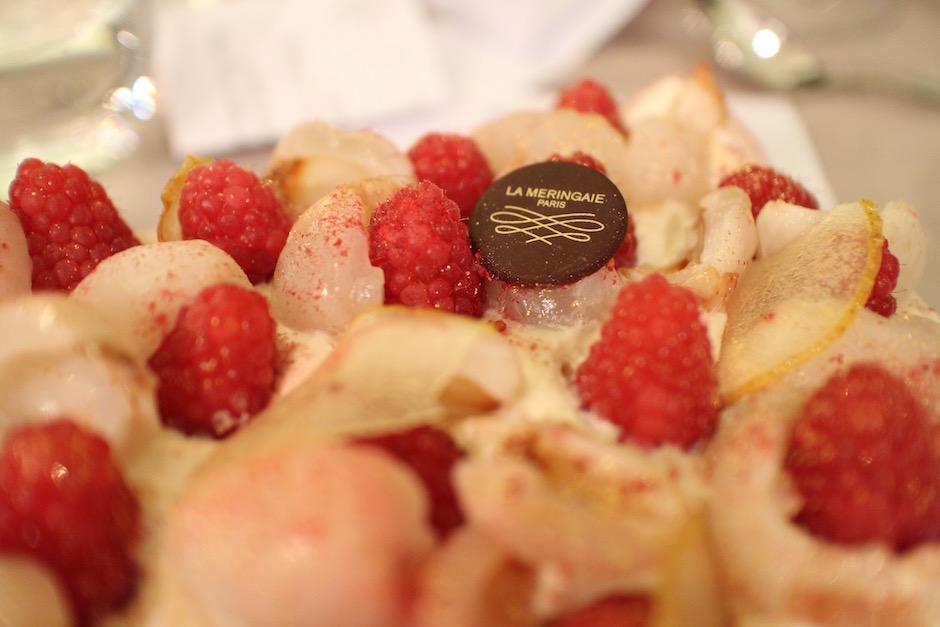 buche exotique et légère - magnifique-diner-de-noel-livre