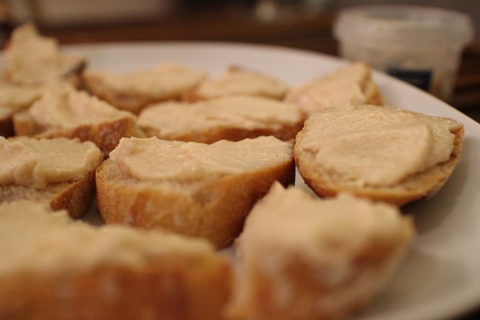 toasts tarama - magnifique-diner-de-noel-livre